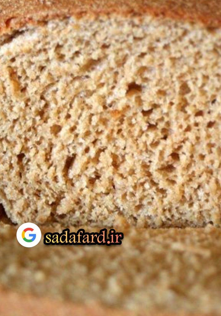 نان پخته شده با آرد گندم کامل دارای بافتی متراکم تر،رنگی تیره تر و طعمی غنی تر می باشد.