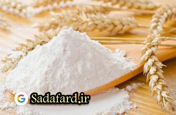 تفاوت بین آرد کیک و آرد شیرینی در میزان پروتئین آنها می باشد. و این تفاوت باعث ایجاد تغییراتی در بافت محصول مورد نظر می شود.