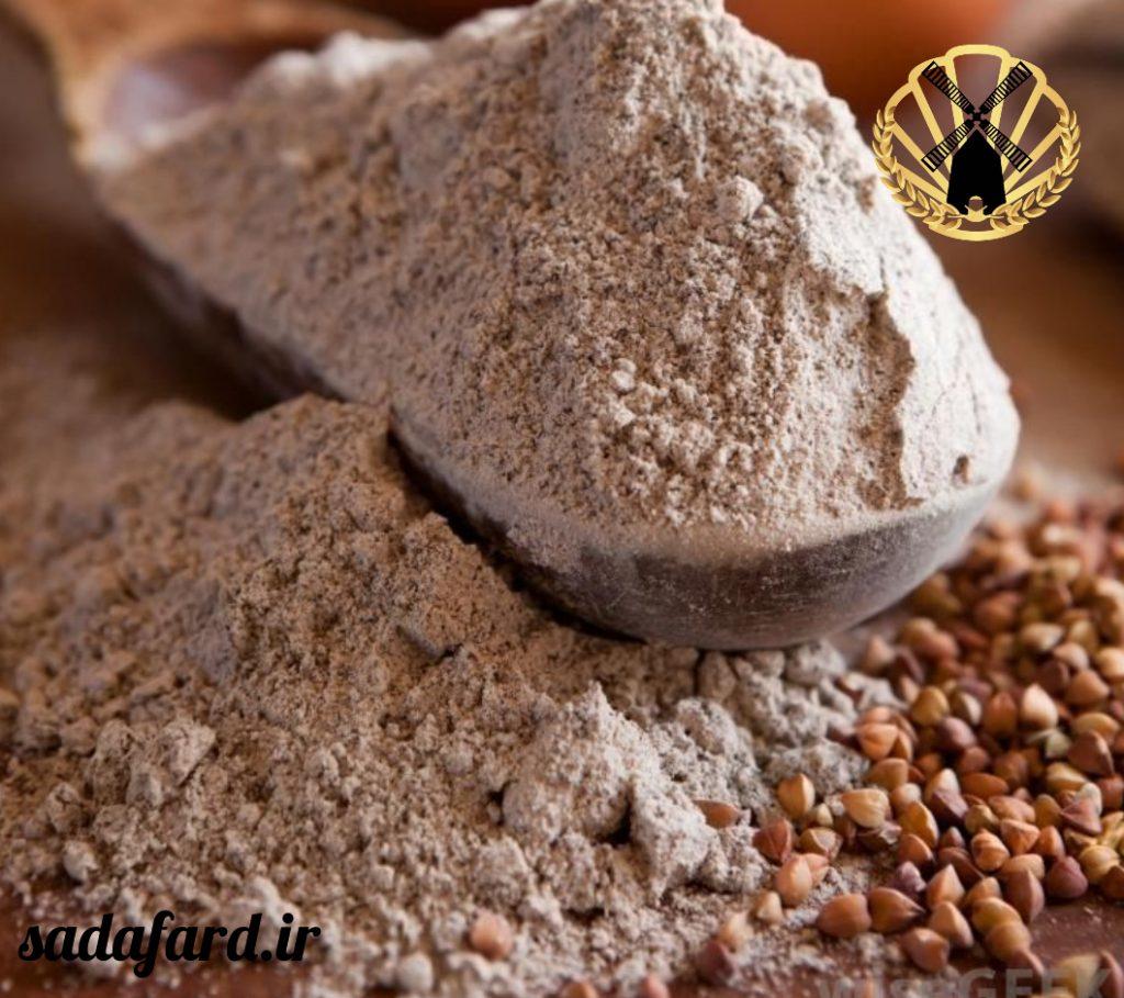 نان پخته شده با گندم سیاه بسیار پرانرژی و سرشار از پروتئین می باشد.