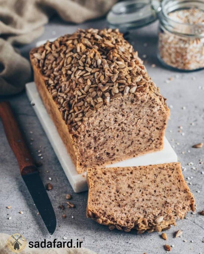 نان باکویت با دانه چیا